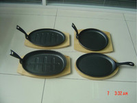 cast iron material sizzling pan with handle