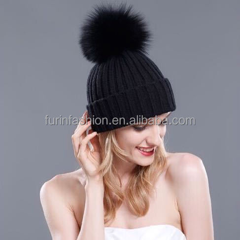 Hot Sell Wool Beanie Hat with Raccoon Fur Pom pom Hat for Fashion Girl
