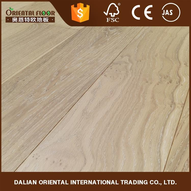 Hot selling fumed and white limed antique European oak hardwood flooring prices
