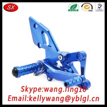 TS 16949 Custom Universal CNC Aluminum Alloy Adjustable Motorcycle Footrests/Bike Foot Peg