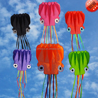 5.5m Hot sale different colors soft inflatable octopus kites from the kite factory
