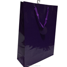 cheap and high quality paper glossy promotion paper bags with handle
