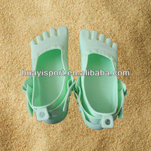 Professional adults silicone foot protection soft plasic five finger beach shoes