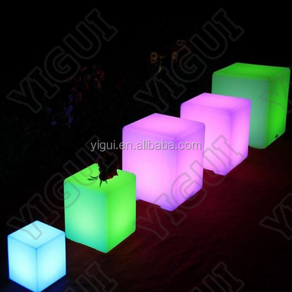LED Cube/Plastic Outdoor Sofa/Led Glowing Chairu0026Table Garden Led Cubes Seat