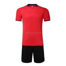 Discount 2017 Men's Training Soccer Jersey+socks Football Shirt Red and black