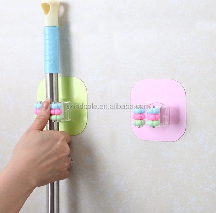 Beautiful design decorative mop and broom holder Home kitchen plastic storage rack wall mounted mop hook