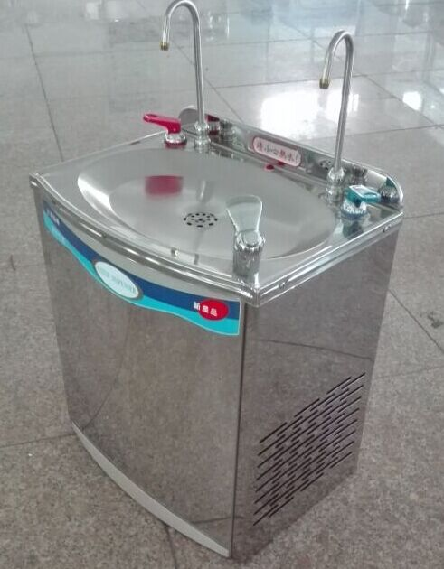 Wall Mounted Hot And Cold Drinking Fountain For Public Use