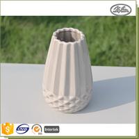 Wholesale new style 10*10*15CM ceramic art deco vase