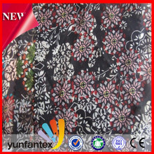 2018 latest new 100 cotton fashion feather design printed fabirc for shirt or skirt