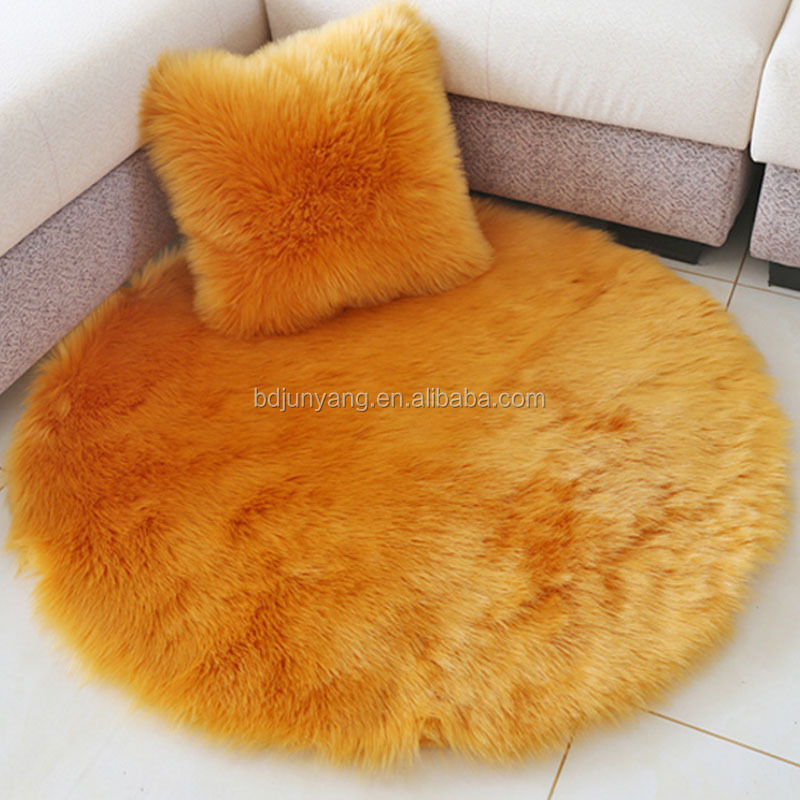 China Wholesale Soft and Warm Throw Faux Fur Pillow Covers Faux Fur Pillow Case