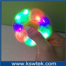 Wholesale anti anxiety desk toy alunimun alloy LED flashing fidget spinner colour