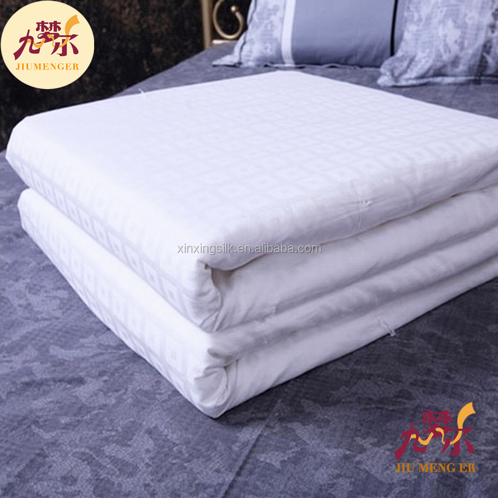 Beautiful and practical 100% silk quilt and comforters made in china