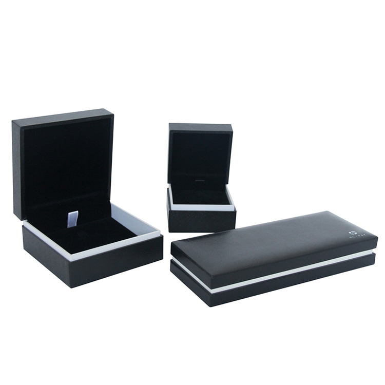 Custom logo small cardboard black packaging jewelry boxes
