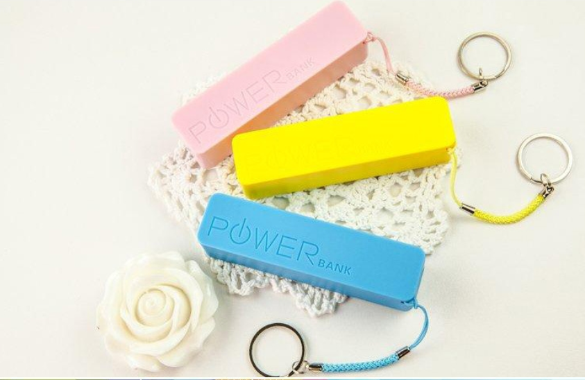 2016 new arrival colorful cuboid mini Perfume Universal 2600mAh Power Bank Car Jump Start