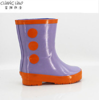 2016 New Design Rubber Rain Boot For Children purple ground has orange dots patch