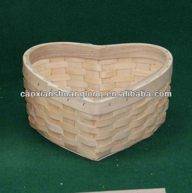 New designed handmade heart shape storage baskets with handle