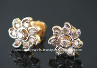 18 Carat Yellow gold Diamond Earring
