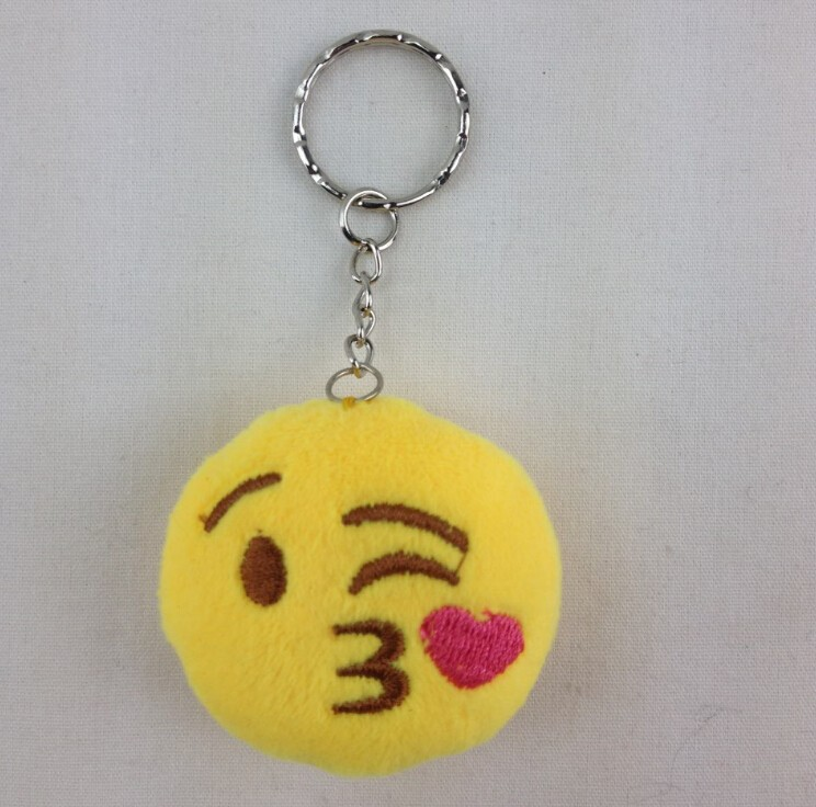 Best selling 5 cm whatsapp emoji face plush keychain with good quality chain