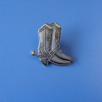 fashion boots shaped design antique silver plate engraved logo customized metal badge for shoes company