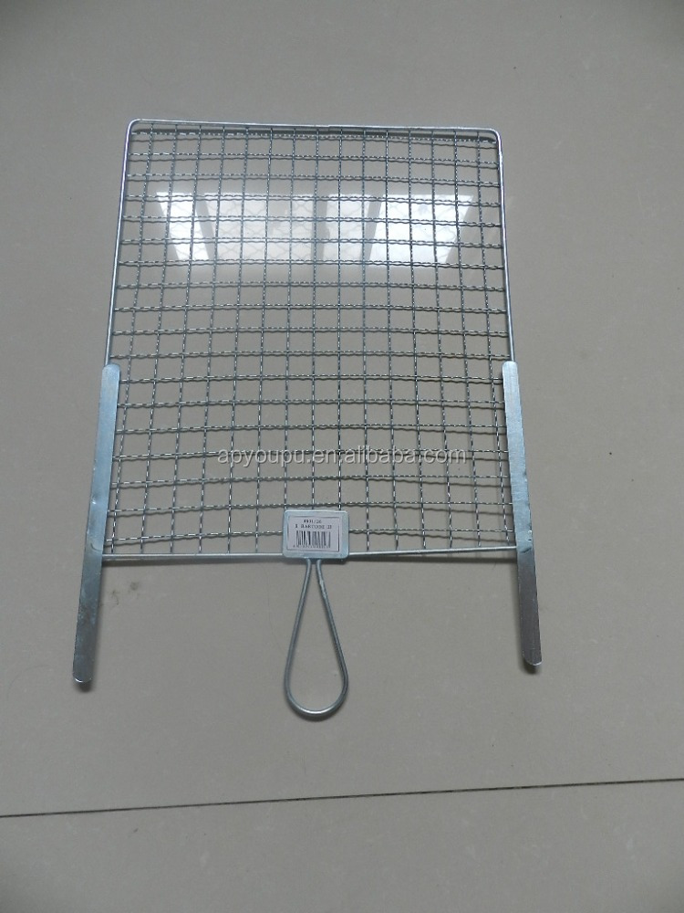 custom shape welding square barbecue grill wire netting with wooden handle