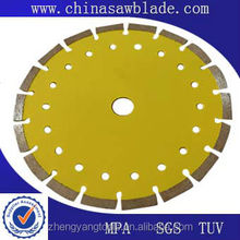 Diamond road saw blade for concrete road
