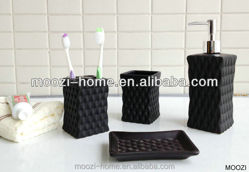 Soft Touch Set of 4 ,Rubber Coating Soap Dispenser Set,Single color bath set