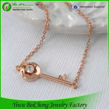 Couple dubai fashion jewelry 316l stainless steel rose gold key necklace