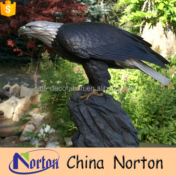 Custom made garden eagle sculpture in bronze NTBH-D025Y