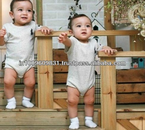 Wholesale!! baby rompers I love dad/I love mom boys/girls long sleeves hooded cotton rompers ,baby clothing ST-C220