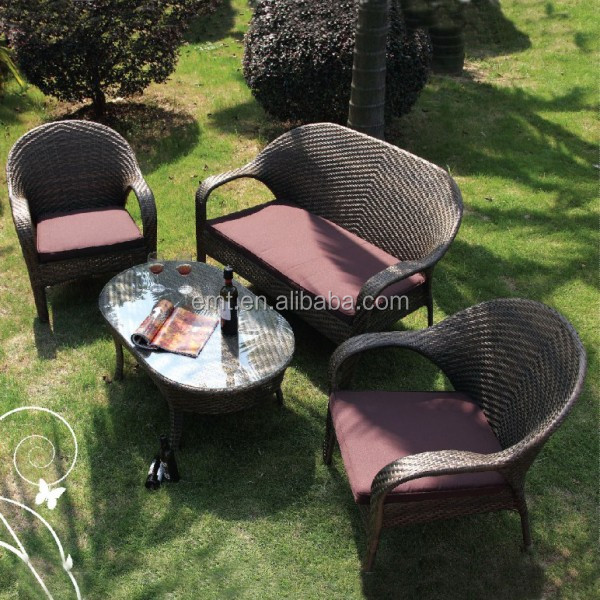 Wholesale Garden furniture outdoor Rattan lounge chairs with laptop table