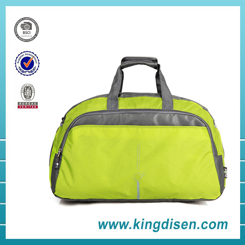 2016 Wholesale new design polyester sport duffel bag