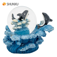 New Design Orca Whale Miniature with Blue Spindrift Base Resin Water Globe Home Desk Decor Sculpture
