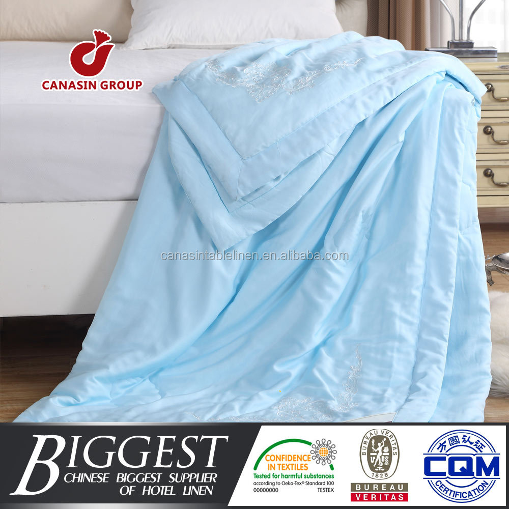 China professional supplier summer cheap quilt bedding