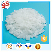Irregular Flake Raw Material In Plastic Industry On Sale For Hose Production