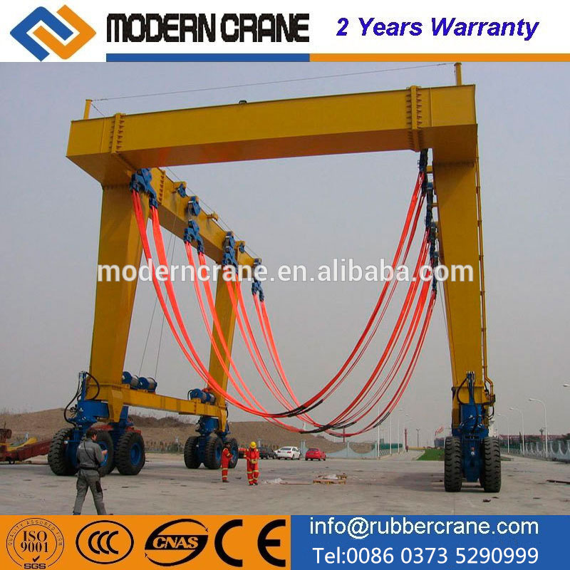 New design Mobile boat hoist ,yacht handling machine,boat lifting gantry crane from henan for sale