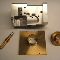 Fabrication CNC Machined Spigoted Brass Plate
