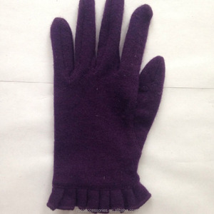 2018 Hot selling Purple cheap five fingers knitted pattern sewing gloves for Women