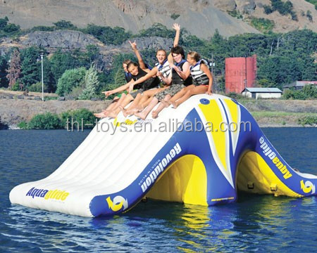 Cheap giant inflatable water toys/inflatable water obstacle course for sale