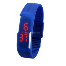 R0775 cheap led silicone light up jelly watch, silicone glow watch