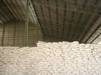 Tapioca Powder/Meal for Feed and industrial use with 70% min Starch