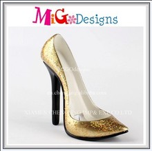 Factory Manufacture OEM Design Artificial Gift Polyresin High-heel Shoe Phone Holder