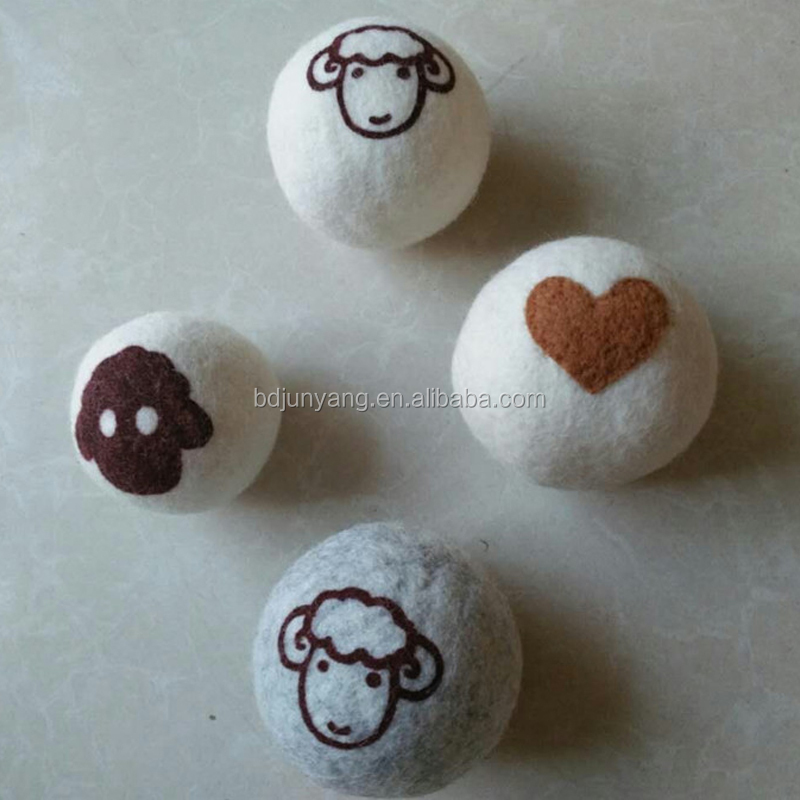 7cm size white color wool dryer ball with print sheep face