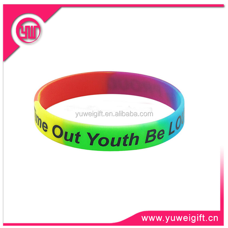 Novelties 2015 lucky gifts pvc usb wristband for world cup