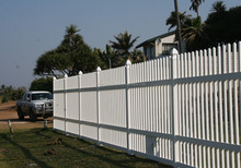 Epoxy powder Plastic Coated coating palisade fencing manufacturer