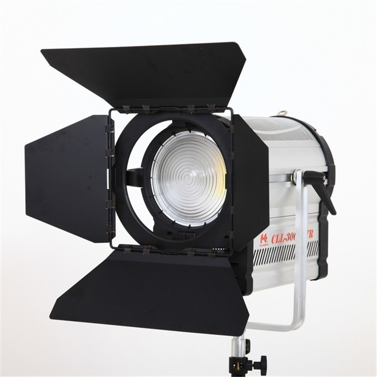 300W LED Fresnel Light 3000-7000K Video Studio Spotlight