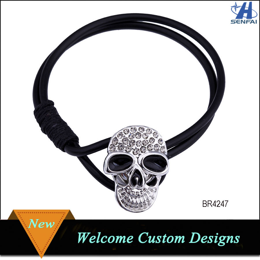 Hot New Selling Custom Designs Wholesale Black Double Leather Bracelet with Skull Clasp