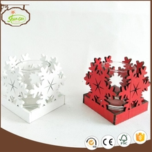 snowflake design x'mas wooden candle holder with glass inside