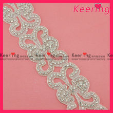 Fashion custom wholesale bridal iron on rhinestone appliques WRA-422
