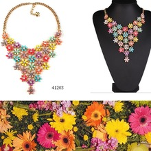 2016 new necklace design spring colorful long chunky statement resin flower necklace 41203