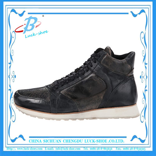 Classic Men genuine leather suede sports shoes with eva outsole